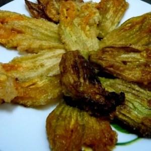 facile Beignets de fleurs de courgettes préparer la recette