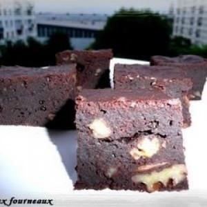 facile à cuisiner Brownies au sirop d'érable & aux noix de pécan recette