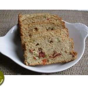 simple à préparer Cake au fromage de chèvre et aux olives recette végétarienne