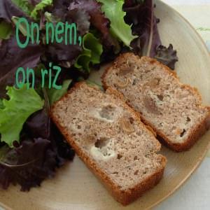 simple à préparer Cake à la farine de châtaigne, figues et roquefort recette