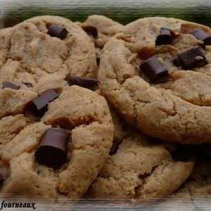 facile Cookies au beurre de cacahuètes & aux pépites de chocolat recette végétarienne