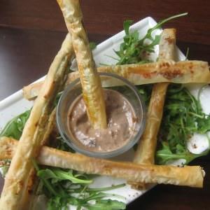 simple à cuisiner Dips croustillants d'asperges - sauce tofu à la tapenade recette