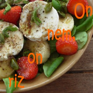 facile Salade de mâche sucrée-salée préparation