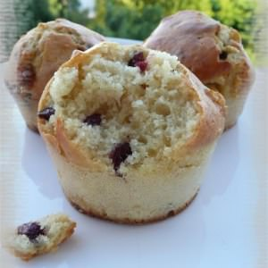 rapide Muffins au chocolat blanc & aux cranberries recette