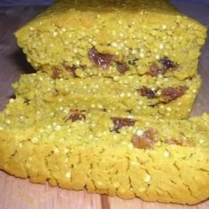 simple à préparer Pain de quinoa au curcuma recette végétarienne