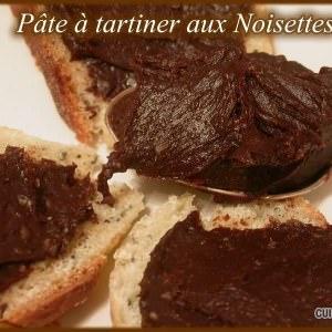 simple à préparer Pâte à tartiner aux Noisettes recette de