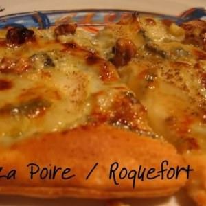 facile à cuisiner Pizza à la poire et au roquefort recette de
