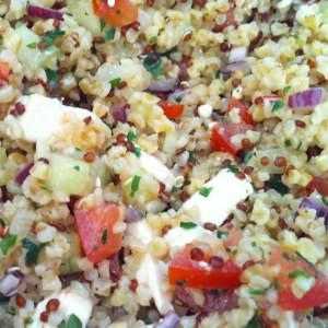 rapide à cuisiner Salade composée quinoa-boulgour préparation