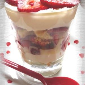 simple à préparer Tiramisu à la fraise préparation