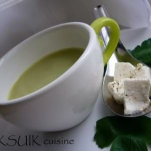 rapide à cuisiner Velouté de persil au chèvre frais préparation