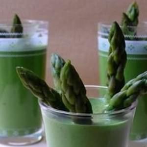 simple à cuisiner Amuse-bouche d'épinards crus recette de