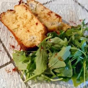 rapide à cuisiner Cake au gorgonzola parfumé au miel et romarin préparer la recette
