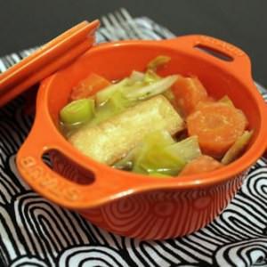 rapide à cuisiner Cassolette de tofu aux légumes et au miso préparation
