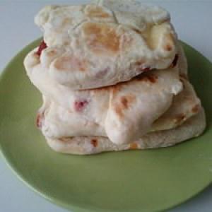 rapide Cheese Nan au fromage fondu et aux poivrons marinés cuisine végétarienne