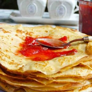 simple à cuisiner Crêpes au sirop d'Agave et au grand Marnier cuisine végétarienne