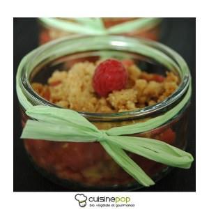 rapide Crumble fraises et rhubarbe préparer la recette
