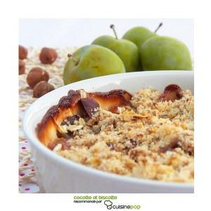 rapide à cuisiner Crumble prunes et noisettes préparation