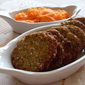 facile à cuisiner Galettes de pommes de terre, brocoli et noisettes (Vegan)  préparation