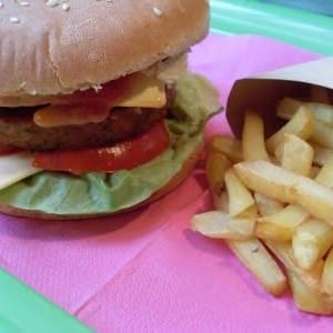 rapide à cuisiner Hamburgers frites vegan préparation