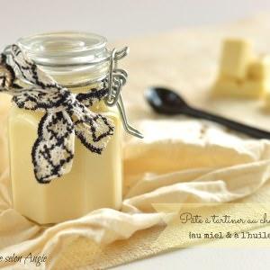 rapide Pâte à tartiner au chocolat blanc parfumée au miel et à... recette