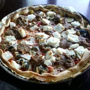 simple à préparer Pizza caviar d'aubergines et feta  préparation