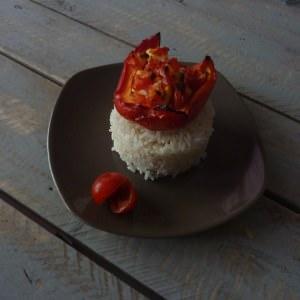simple à cuisiner Poivrons farcis à la feta et à la tomate recette végétarienne