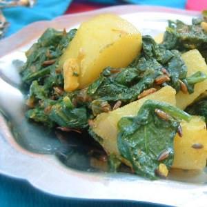 rapide Aloo palak cuisine végétarienne
