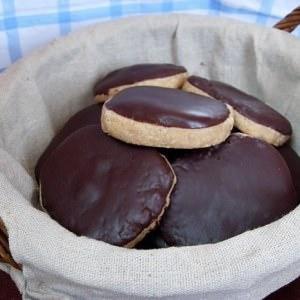 rapide à cuisiner Sablés crème de marrons, coco et chocolat noir préparation