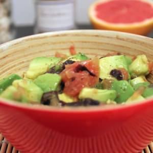 simple à préparer Salade d'avocat au pamplemousse et à la dulse cuisine végétarienne