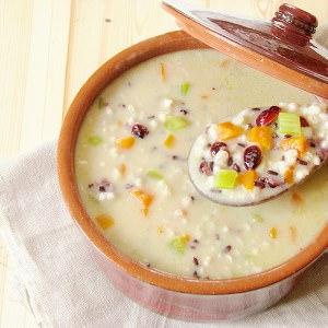 facile à cuisiner Soupe à l'orge perlée et riz nérone  cuisine végétarienne