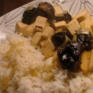 simple à préparer Tofu au vin blanc et aux pruneaux recette de