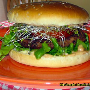 simple à préparer Vegan Burger aux graines germées recette végétarienne