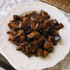 rapide Wok d'aubergines et de champignons à la sichuanaise recette végétarienne