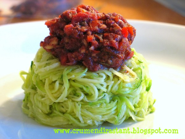 Salade de courgettes à la tomate