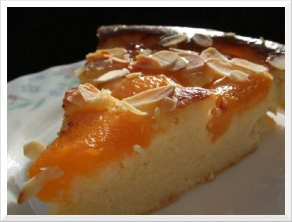 Gâteau abricots amandes façon clafoutis