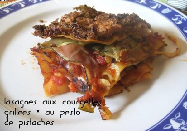 Lasagnes aux courgettes grillées et au pesto de pistache