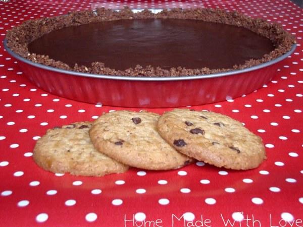Tarte au chocolat sur pâte sablée aux cookies