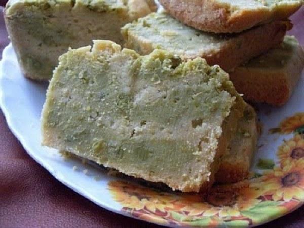 Cake marbré, pois chiches et petits pois au fromage (Vegan)