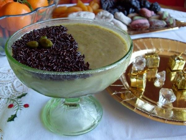 Crème à la pistache sur lit de chocolat noir - Vegan