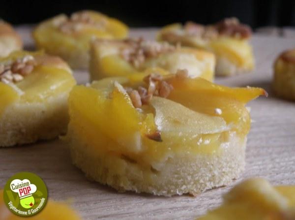 Gâteaux aux pêches et au quinoa