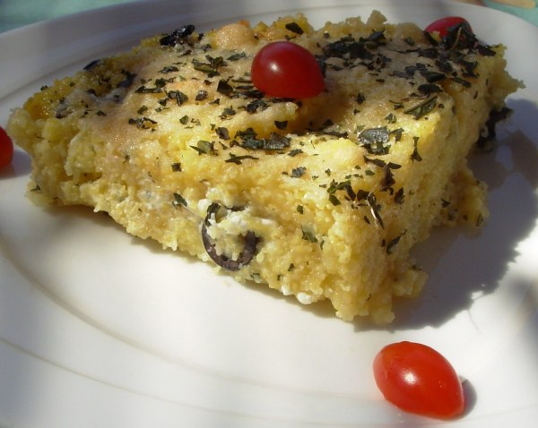 Gratin de polenta à la grecque