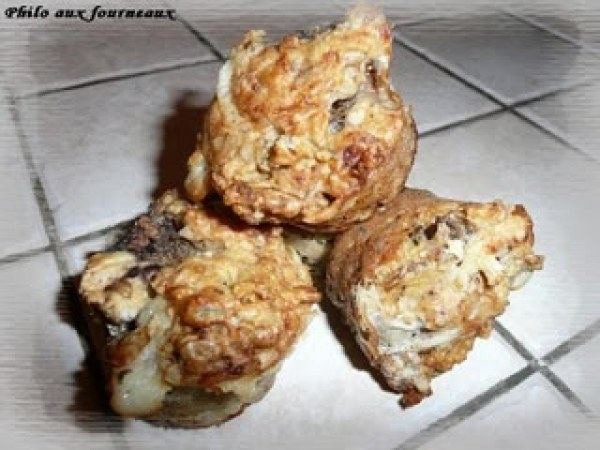 Muffins au Gorgonzola, aux poires & aux noix
