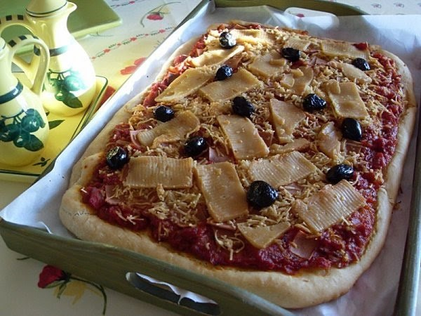 Pizza végétalienne jambon fromage