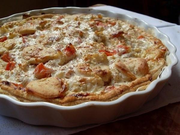 Tarte végétalienne aux pommes de terre, chou-fleur et fromage