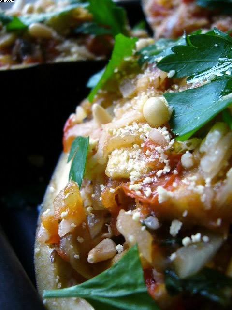 Aubergines farçies végétariennes