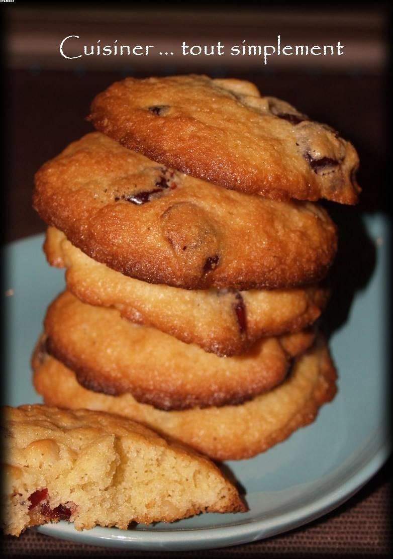 Cookies aux Noix de Macadamia, Cranberries & au Gingembre