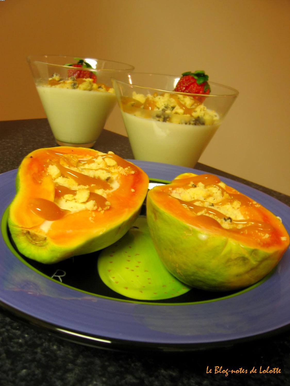 Papaya cottacurd au lait de chèvre et miettes de biscuits, nappée caramel