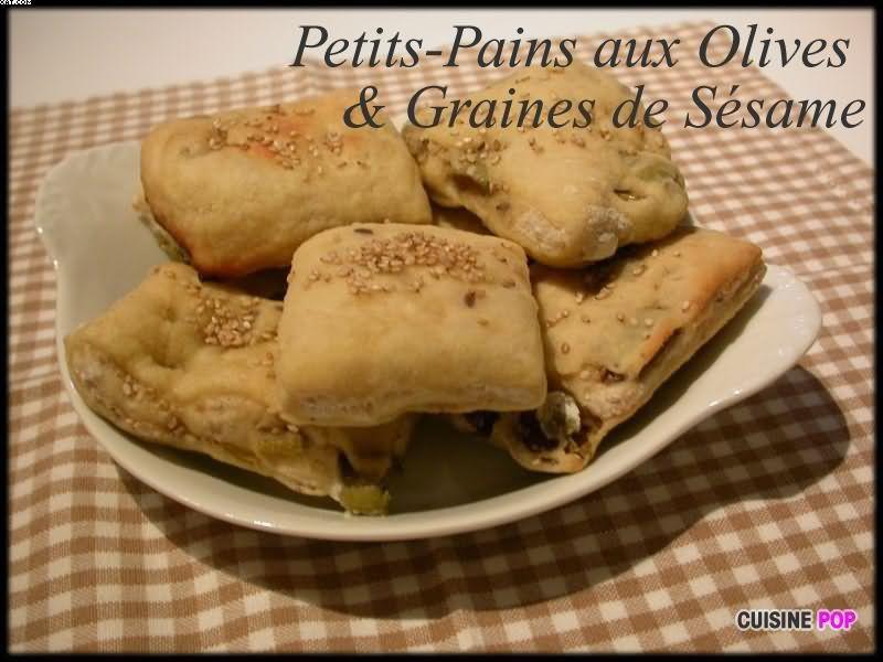 Petits-Pains aux Olives & Graines de Sésame