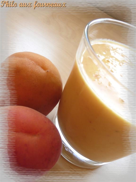 Smoothie à l'abricot & à la mangue