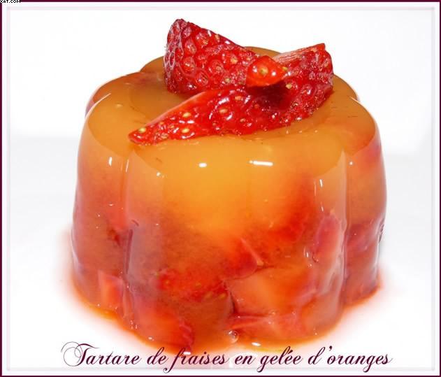 Tartare de fraises en gelée d'oranges